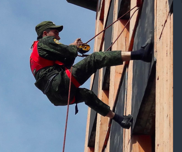 FIRE AID member, SESHAA delivers rope rescue training in Tajikistan